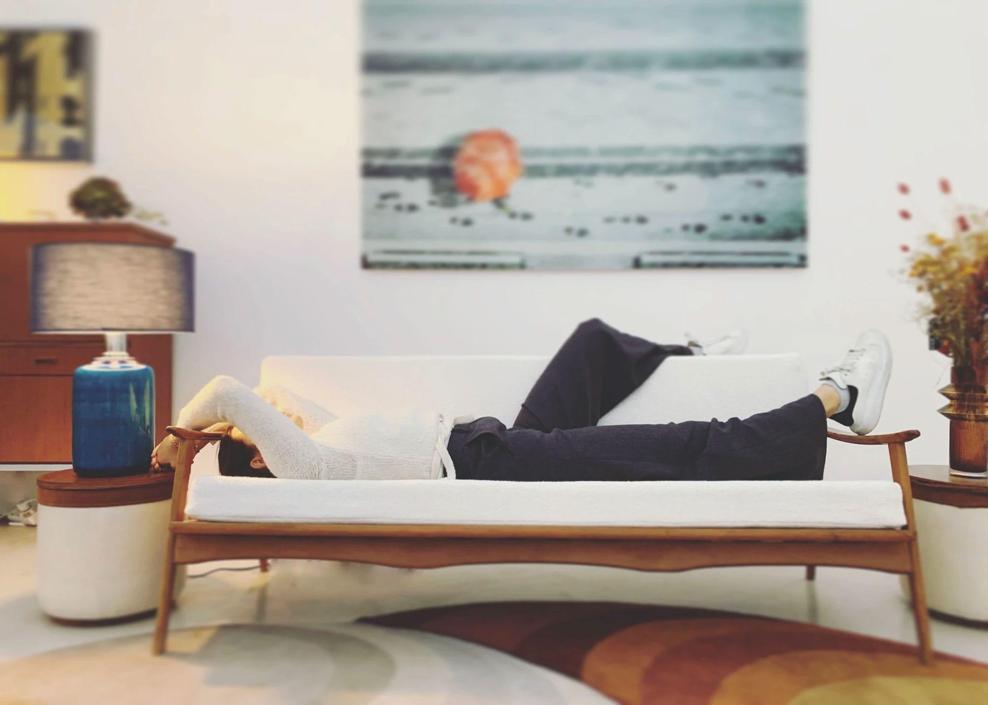 Subtile Style Sofa